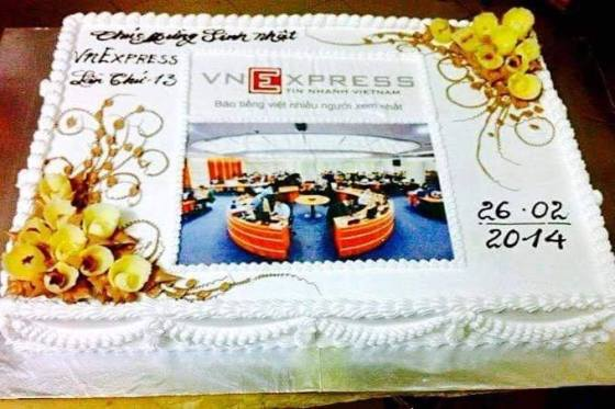 Bánh sinh nhật cho công ty VnExpress